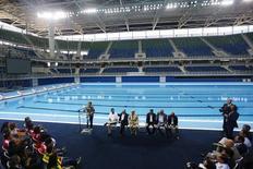 Presidente Dilma em inauguração do Estádio Aquático Olímpico, no Rio.  8/4/2016.  REUTERS/Ricardo Moraes