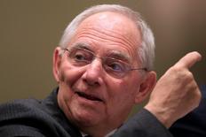 """En la imagen de archivo, el ministro de Finanzas de Alemania, Wolfgang Schäuble, en una sesión de la reunión de ministros de Finanzas y jefes de bancos centrales del G-20 en Shanghái, China, el 27 de febrero de 2016. Schäuble llamó a las empresas """"offshore"""" a que se vuelvan transparentes después de que una enorme filtración de documentos en Panamá mostró cómo son usadas para esconder el patrimonio de los ricos y poderosos del mundo. REUTERS/Aly Song - RTS88MP"""