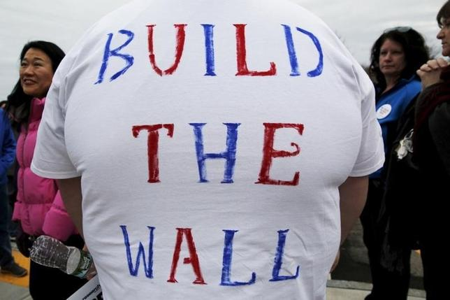 Wall School District : Wisconsin school district to discipline students for