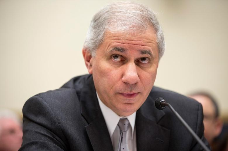 Martin Gruenberg, chairman of the Federal Deposit Insurance Corporation, testifies to the House Financial Services Committee about the effects of the Volcker Rule on employment in Washington on February 5, 2014.      REUTERS/Joshua Roberts