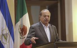Mexican tycoon Carlos Slim speaks during a meeting with Nicaraguan businessmen in Managua, Nicaragua, September 10, 2015. REUTER/Oswaldo Rivas