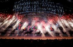 Fireworks are set off during the closing ceremony of the 2014 Paralympic Winter Games in Sochi, March 16, 2014. REUTERS/Alexander Demianchuk
