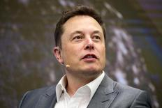 Elon Musk, Chairman of SolarCity and CEO of Tesla Motors, speaks at SolarCity's Inside Energy Summit in Manhattan, New York October 2, 2015.    REUTERS/Rashid Umar Abbasi