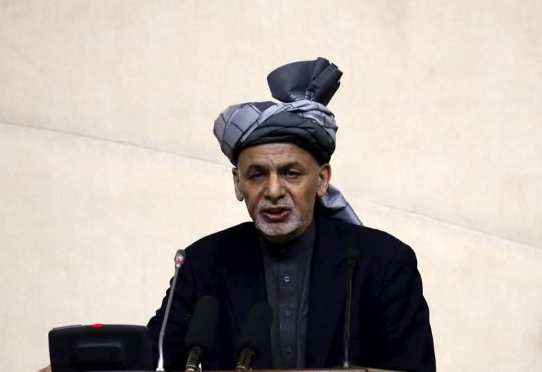 Afghanistan's President Ashraf Ghani speaks during his visit at the joint National assembly gathering in Kabul, Afghanistan, April 25, 2016. REUTERS/Omar Sobhani  -