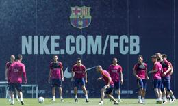 Football Soccer - Barcelona training -  Joan Gamper training camp, Barcelona, Spain - 21/5/16 - Barcelona's players attend a training session prior to Spanish Kings Cup final against Sevilla. REUTERS/Albert Gea