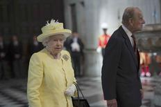 Britain's Queen Elizabeth and Prince Philip arrive for a service of thanksgiving for the Queen's 90th birthday at St Paul's cathedral in London, Britain, June 10, 2016. REUTERS/Stefan Rousseau/Pool