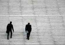La confiance des dirigeants de PME et ETI (entreprises de taille intermédiaire) dans l'économie française s'est nettement dégradée en juin avec une baisse de huit points, sur fond de situation sociale tendue, selon l'Observatoire OpinionWay pour la Banque Palatine et Challenges, à paraître jeudi. /Photo d'archives/REUTERS/John Schults