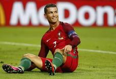 Football Soccer - Portugal v Iceland - EURO 2016 - Group F - Stade Geoffroy-Guichard, Saint-?tienne, France - 14/6/16 Portugal's Cristiano Ronaldo REUTERS/Kai Pfaffenbach Livepic