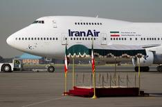 An IranAir Boeing 747SP aircraft is pictured before leaving Tehran's Mehrabad airport September 19, 2011. REUTERS/Morteza Nikoubazl/File photo