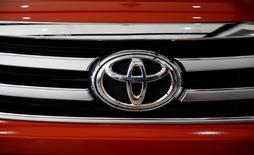 Toyota Motors Corp company logo is pictured on a Hilux pickup at its dealer Toyota Bicutan in Paranaque, Metro Manila, Philippines June 16, 2016.   REUTERS/Erik De Castro