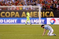 Argentino Lionel Messi após perder pênalti na final da Copa América Centenário, nos EUA.    26/06/2016      Adam Hunger-USA TODAY Sports