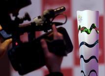 Tocha olímpica vista durante evento em São Paulo.    09/09/2015      REUTERS/Paulo Whitaker/File Photo