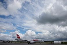 A Bombardier CSeries Aircraft readies for a demonstration flight to mark its first delivery to Swiss International Air Lines in Mirabel, Quebec,  June 29, 2016   REUTERS/Christinne Muschi