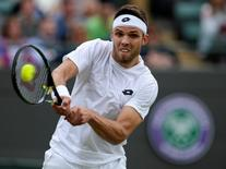 Britain Tennis - Wimbledon - All England Lawn Tennis & Croquet Club, Wimbledon, England - 30/6/16 Czech Republic's Jiri Vesely in action against Austria's Dominic Thiem REUTERS/Tony O'Brien