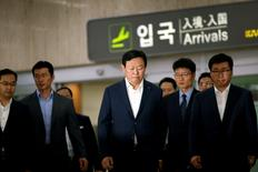 Lotte Group Chairman Shin Dong-bin arrives at Gimpo Airport in Seoul, South Korea, July 3, 2016.  REUTERS/Kim Hong-Ji