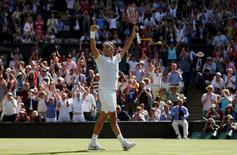 Britain Tennis - Wimbledon - All England Lawn Tennis & Croquet Club, Wimbledon, England - 6/7/16 Switzerland's Roger Federer celebrates winning his match against Croatia's Marin Cilic REUTERS/Paul Childs