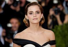 Emma Watson chega para evento em Nova York. 2/5/2016.  REUTERS/Eduardo Munoz