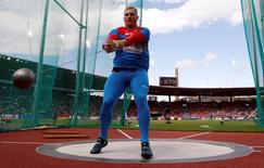 Sergey Litvinov of Russia competes in the men's hammer throw final during the European Athletics Championships at the Letzigrund Stadium in Zurich August 16, 2014. REUTERS/Phil Noble