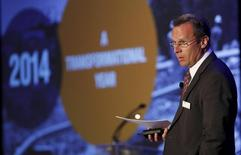 President and CEO of Encana, Doug Suttles, addresses shareholders during the company's annual general meeting in Calgary, Alberta, May 12, 2015. REUTERS/Todd Korol