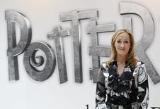 A autora britânica JK Rowling, criadora da série de livros Harry Potter, durante o lançamento do site Pottermore em Londres 23/06/2011 REUTERS/Suzanne Plunkett/File Photo