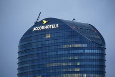AccorHotels, qui table sur une progression de ses résultats annuels, à suivre jeudi à la Bourse de Paris. /Photo d'archives/REUTERS/Gonzalo Fuentes