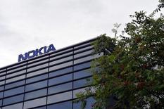 Штаб-квартира Nokia в Эспоо. 4 августа 2016 года. Прибыль Nokia снизилась сильнее ожидаемого во втором квартале отчасти из-за сокращения расходов телекоммуникационных операторов на сети мобильной связи, в то время как компания повысила целевой уровень снижения затрат для недавно приобретенной Alcatel-Lucent. Lehtikuva/Irene Stachon/via REUTERS