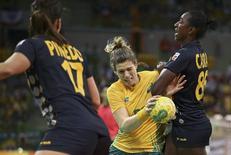 Brasileira Deonise em jogo contra a Espanha.  10/08/2016.  REUTERS/Marko Djurica