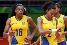 Fernanda Garay e Juciely lamentam derrota para China nas quartas de final da Rio 2016 17/08/2016 REUTERS/Yves Herman