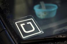 An Uber car is seen parked with the driver's lunch left on the dashboard in Venice, California, United States on July 15, 2015. REUTERS/Lucy Nicholson/File Photo