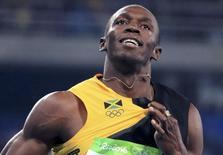 Usain Bolt comemora vitória no revezamento 4x100 metros com a Jamaica 20/08/2016 REUTERS/Dominic Ebenbichler