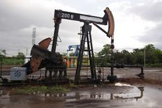 An oil pump is seen in Lagunillas, Venezuela, August 13, 2016. REUTERS/Jesus Contreras