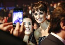 Penelope Cruz poses for a picture before the Spanish Film Academy's Goya Awards ceremony in Madrid, Spain, February 6, 2016.   REUTERS/Susana Vera