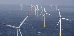 Siemens et Gamesa ont rejeté une offre de General Electric sur des actifs appartenant à Adwen, la coentreprise de Gamesa et d'Areva dans l'éolien en mer. /Photo d'archives/REUTERS/Morris Mac Matzen
