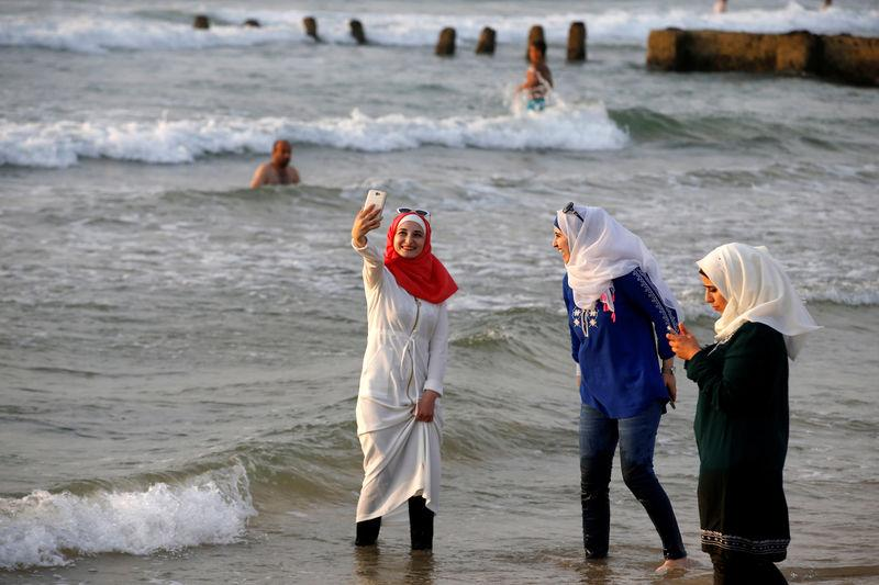 Israeli Jews, Muslims puzzled by French 'burkini' brouhaha