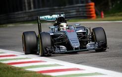 Hamilton durante treino em Monza.  02/9/16. REUTERS/Max Rossi
