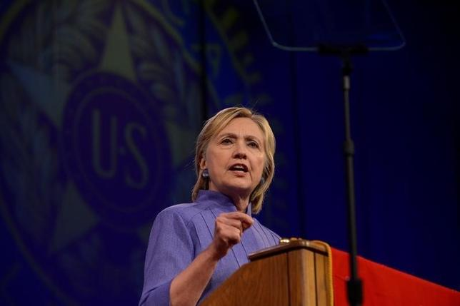 Democratic presidential nominee Hillary Clinton addresses the National Convention of the American Legion in Cincinnati, Ohio, U.S., August 31, 2016. REUTERS/Bryan Woolston