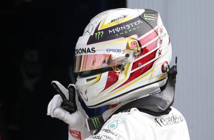 Formula One - F1 - Italian Grand Prix 2016 - Autodromo Nazionale Monza, Monza, Italy - 3/9/16Mercedes' Lewis Hamilton celebrates qualifying in pole positionReuters / Max RossiLivepicEDITORIAL USE ONLY. *** Local Caption *** -