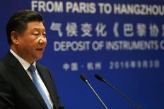 China debe confiar en las reformas para ayudar a mantener el crecimiento económico en una tasa mediana a alta en el largo plazo, dijo el presidente Xi Jinping el sábado, en momentos en que el país busca aplicar cambios estructurales que incluyen la reducción de un exceso de la capacidad industrial. En la imagen, el presidente chino Xi Jinping en Hangzhou, China, el 3 de septiembre de 2016. REUTERS/Jonathan Ernst