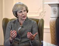 El gobierno británico presentará la próxima semana sus planes sobre cómo diseñar su relación con la Unión Europea cuando abandone el bloque, dijo la primera ministra Theresa May en una entrevista emitida el domingo. En la imagen, la primera ministra británica Theresa May en una entrevista en la BBC en Maidenhead, Reino Unido, el 2 de septiembre de 2016 Jeff Overs/Courtesy of the BBC/Handout