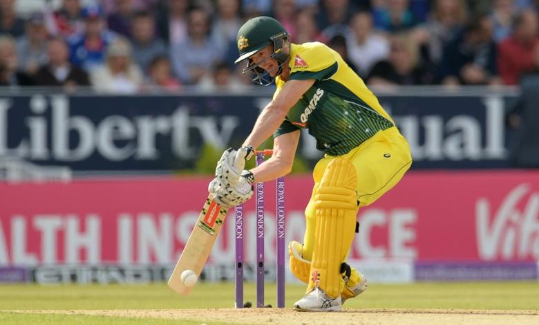 Cricket - England v Australia - Fourth Royal London One Day International - Headingley - 11/9/15Australia's George Bailey in actionAction Images via Reuters / Philip BrownLivepic
