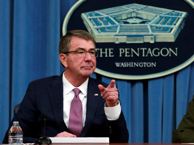 U.S. Defense Secretary Ash Carter addresses a news conference at the Pentagon in Washington, U.S., February 29, 2016. REUTERS/Yuri Gripas/File Photo