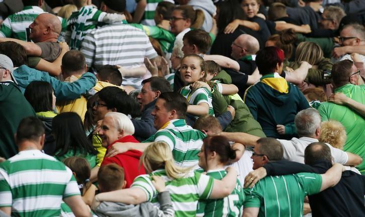 Britain Football Soccer - Celtic v Leicester City - International Champions Cup - Celtic Park - 16/17 - 23/7/16Celtic fansAction Images via Reuters / Craig Brough/Files