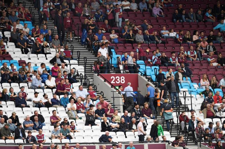 Britain Soccer Football - West Ham United v Watford - Premier League - London Stadium - 10/9/16West Ham United fans leaveAction Images via Reuters / Tony O'Brien/ Livepic