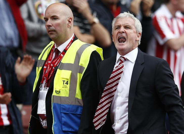 Britain Soccer Football - Stoke City v Tottenham Hotspur - Premier League - bet365 Stadium - 10/9/16. Stoke City manager Mark Hughes reacts after being sent to the stands. Reuters / Peter Nicholls. Livepic