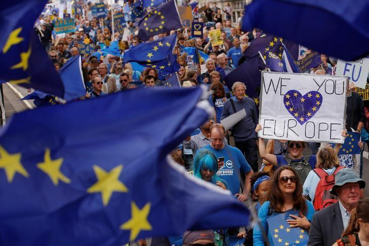 Pro-Europe demonstrators protest during a ''March for Europe'' against the Brexit vote result earlier in the year, in London, Britain, September 3, 2016.  REUTERS/Luke MacGregor