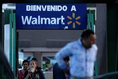 Un local de la cadena de supermercados Walmart en Monterrey, México, ago 10, 2016. La Asociación Nacional de Tiendas de Autoservicio y Departamentales (ANTAD) de México dijo el lunes que las ventas comparables de sus afiliados crecieron un 1.7 por ciento interanual en agosto.  REUTERS/Daniel Becerril/File Photo