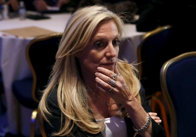 Federal Reserve Governor Lael Brainard attends the Federal Reserve's ninth biennial Community Development Research Conference focusing on economic mobility in Washington April 2, 2015.    REUTERS/Yuri Gripas