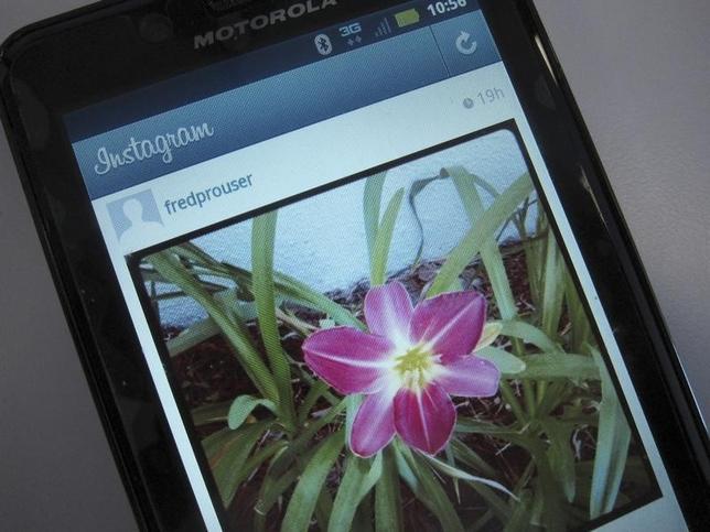 9月12日、米フェイスブック傘下の携帯端末向け写真共有サービス、インスタグラムは、ユーザーが投稿した写真に対するコメントの内容を管理できる新たなツールを発表した。写真はインスタグラムの投稿ページ。2012年4月カリフォルニア州・ロスアンジェルスで撮影(2016年 ロイター/Fred Prouser)