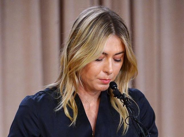 9月13日、スポーツ仲裁裁判所は、ドーピング違反による2年間の資格停止処分への不服申し立てを行った女子テニスのマリア・シャラポワ(写真)について、10月の1週目に裁定を下すと発表した。ロサンゼルスで3月撮影(2016年 ロイター/Jayne Kamin-Oncea-USA TODAY Sports)