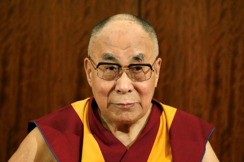 Tibet's exiled spiritual leader the Dalai Lama attends a news conference in Paris, France, September 13, 2016. REUTERS/Charles Platiau